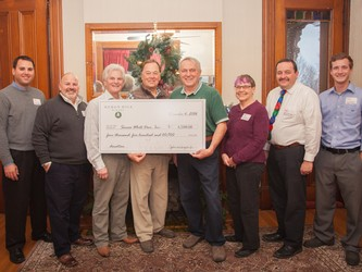 Heron Hill White Deer check presentation